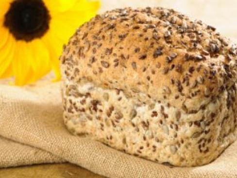 Chleb orkiszowy ze słonecznikiem – bez polepszaczy i dodatków